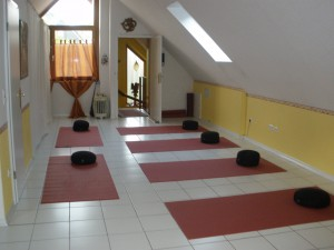 Ahura- Yoga